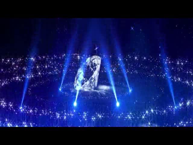 超唯美蓝色钻石中间旋绕LED视频素材