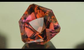 BS 094 360度宝石