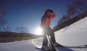 哈尔冰滑雪玩耍高清实拍视频素材