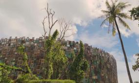 巴厘岛 大海 野外 自然 雕像 冲浪 海浪 摩托 飙车灯光 视觉